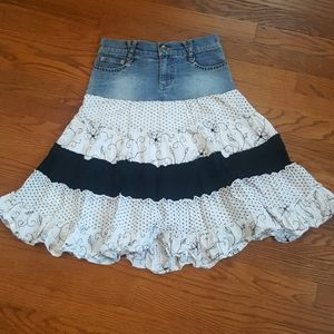 🌹 Candie's denim skirt girls size 12